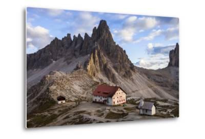 Europe, Italy, South Tyrol, the Dolomites, Tre Cime Di Lavaredo, Paternkofel, Dreizinnenh?tte-Gerhard Wild-Metal Print