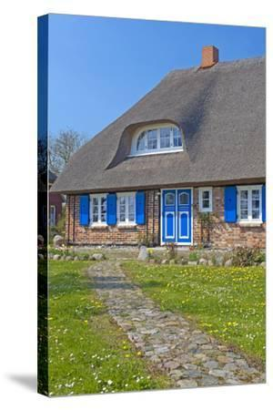 Europe, Germany, Mecklenburg-Western Pomerania, Baltic Sea Island R?gen, Thatched Roof House-Chris Seba-Stretched Canvas Print