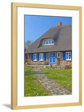 Europe, Germany, Mecklenburg-Western Pomerania, Baltic Sea Island R?gen, Thatched Roof House-Chris Seba-Framed Photographic Print