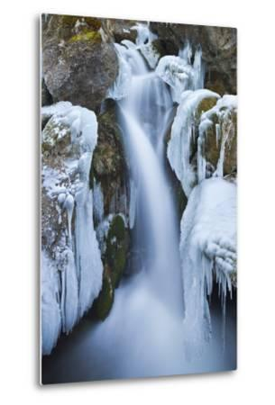 Austria, Lower Austria, Miraf?lle (Waterfall), Winter-Rainer Mirau-Metal Print