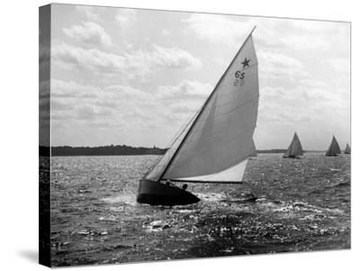 Tara - Star Class Race of 1922-Edwin Levick-Stretched Canvas Print