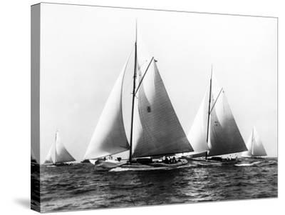 New York Yacht Club Yachts, New York 40'S-Edwin Levick-Stretched Canvas Print