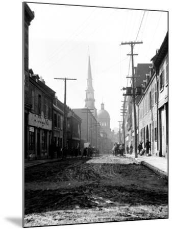 Montreal, Canada, 1912-Edward Hungerford-Mounted Photographic Print