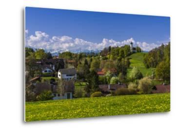 Germany, Bavaria, Upper Bavaria, T?lzer Land (Area), Holzhausen-Udo Siebig-Metal Print