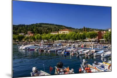Italy, Veneto, Lake Garda, Garda, Harbour with Lakeside Promenade-Udo Siebig-Mounted Photographic Print