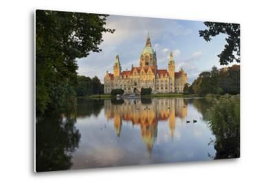 New Town Hall, Maschteich, Machpark, Hanover, Lower Saxony, Germany-Rainer Mirau-Metal Print