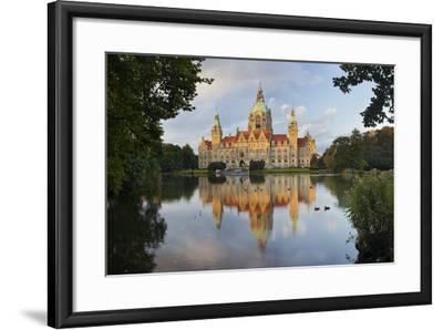 New Town Hall, Maschteich, Machpark, Hanover, Lower Saxony, Germany-Rainer Mirau-Framed Photographic Print