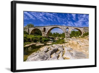 France, Provence, Vaucluse, Bonnieux, River Calavon, Roman Stone Arched Bridge Pont Julien-Udo Siebig-Framed Photographic Print
