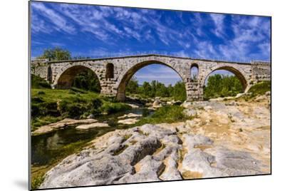 France, Provence, Vaucluse, Bonnieux, River Calavon, Roman Stone Arched Bridge Pont Julien-Udo Siebig-Mounted Photographic Print
