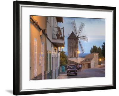 Spanien, Balearen, Insel Mallorca, Llubi, H-Userreihe, M-Hle, Auto-Klaus Siepmann-Framed Photographic Print