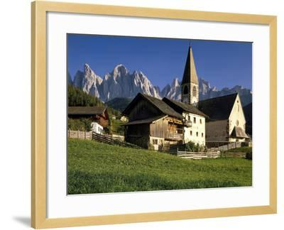 Italien, Sv¼dtirol, Dolomiten, Villnv?VŸtal, St. Magdalena, Geislerspitzen, Berglandschaft-Thonig-Framed Photographic Print
