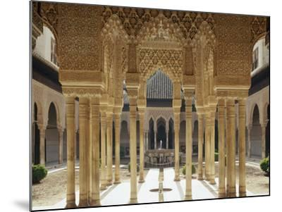 Spain, Andalusia, Granada, Alhambra, Lion's Court-Thonig-Mounted Photographic Print