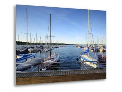 Germany, Saxony-Anhalt, MŸcheln, Geiseltalsee, Marina, Sailboats in the Evening Light-Andreas Vitting-Metal Print