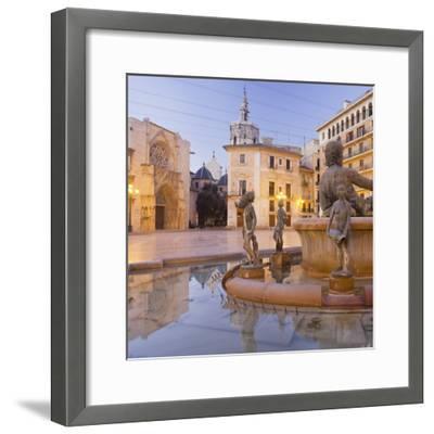 Spain, Valencia, Plaza De La Virgen, Turia Fountain, Catedral De Santa Mar'a De Valencia-Rainer Mirau-Framed Photographic Print
