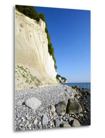 Chalk Rocks, National Park Jasmund, Island RŸgen, Mecklenburg-West Pomerania, Germany-Andreas Vitting-Metal Print