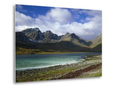 Great Britain, Scotland, Island Skye, Loch Slapin, Black Cuillins-Thonig-Metal Print