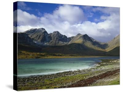 Great Britain, Scotland, Island Skye, Loch Slapin, Black Cuillins-Thonig-Stretched Canvas Print