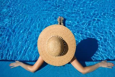 Woman in Hat Relaxing at the Pool-haveseen-Stretched Canvas Print
