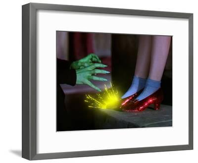 The Wizard of Oz, from Left: Margaret Hamilton, Judy Garland, 1939--Framed Photo