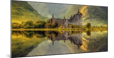 Kilchurn Castle Reflection in Loch Awe, Argyll and Bute, Scottish Highlands, Scotland--Mounted Photographic Print