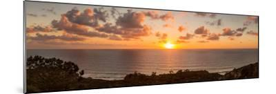 Sunset over the Pacific Ocean, Torrey Pines State Natural Reserve, San Diego, San Diego County--Mounted Photographic Print