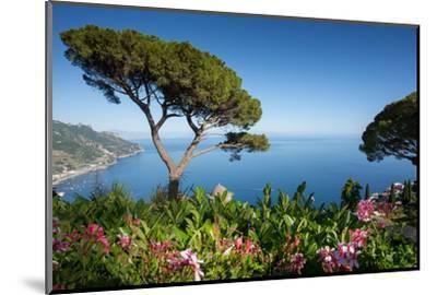Villa Rufolo, Ravello, Costiera Amalfitana (Amalfi Coast), UNESCO World Heritage Site, Campania-Frank Fell-Mounted Photographic Print