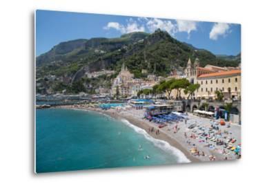 Promenade, Amalfi, Costiera Amalfitana (Amalfi Coast), UNESCO World Heritage Site, Campania-Frank Fell-Metal Print