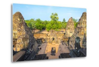 Pre Rup (Prae Roup) Temple Ruins, Angkor Archaeological Park, UNESCO World Heritage Site-Jason Langley-Metal Print