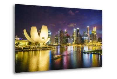 The Lotus Flower Shaped Artscience Museum Overlooking Marina Bay-Fraser Hall-Metal Print
