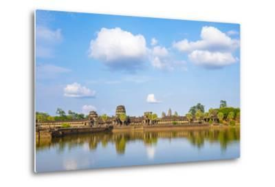 Angkor Wat, UNESCO World Heritage Site, Siem Reap Province, Cambodia, Indochina-Jason Langley-Metal Print