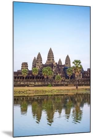 Angkor Wat, UNESCO World Heritage Site, Siem Reap Province, Cambodia, Indochina-Jason Langley-Mounted Photographic Print