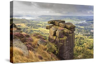 Curbar Edge, Summer Heather, View Towards Chatsworth, Peak District National Park, Derbyshire-Eleanor Scriven-Stretched Canvas Print