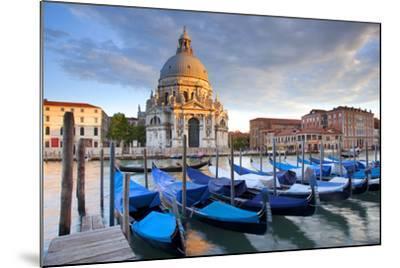 Italy, Veneto, Venice.-Ken Scicluna-Mounted Photographic Print