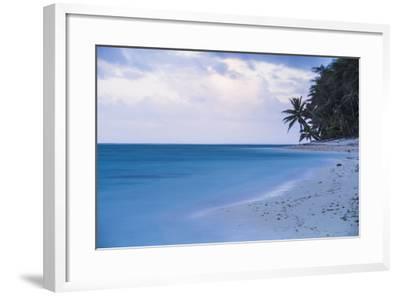 Tropical Beach, Rarotonga, Cook Islands, South Pacific, Pacific-Matthew Williams-Ellis-Framed Photographic Print