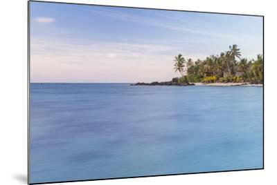 Muri Lagoon Sunrise, Rarotonga, Cook Islands, South Pacific, Pacific-Matthew Williams-Ellis-Mounted Photographic Print