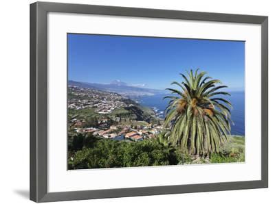 Orotava Valley to the North Coast and Puerto De La Cruz Und Den Teide, Canary Islands, Spain-Markus Lange-Framed Photographic Print