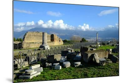 Venus Temple, Pompeii, the Ancient Roman Town Near Naples, Campania, Italy-Carlo Morucchio-Mounted Photographic Print