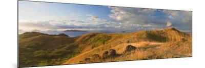 Mana Island, Mamanuca Islands, Fiji-Ian Trower-Mounted Photographic Print