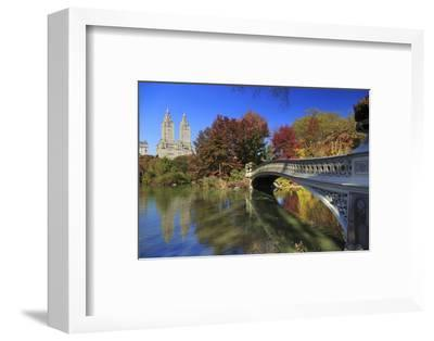 Usa, New York City, Manhattan, Central Park, Bow Bridge-Michele Falzone-Framed Photographic Print