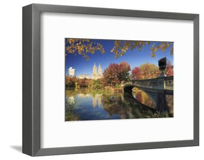 Usa, New York City, Manhattan, Central Park, Bow Bridge-Michele Falzone-Framed Photographic Print