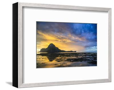 Dramatic Sunset Light over the Bay of El Nido, Bacuit Archipelago, Palawan, Philippines-Michael Runkel-Framed Photographic Print
