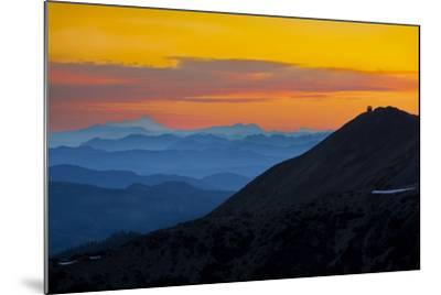 Washington, Sunrise, Mt. Fremont Lookout and the Cascade Range from Second Burroughs-Gary Luhm-Mounted Photographic Print