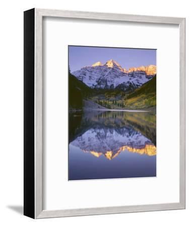 USA, Colorado, White River National Forest, Maroon Bells Snowmass Wilderness-John Barger-Framed Photographic Print