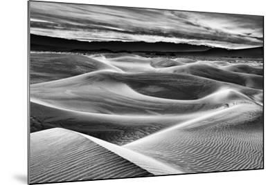 USA, California, Death Valley National Park, Dawn over Mesquite Flat Dunes in Black and White-Ann Collins-Mounted Photographic Print