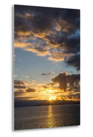 Sunset Above the Isle of Skye, Scotland-Jonathan Irish-Metal Print