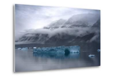Large Icebergs in Scoresby Sound, Greenland-Raul Touzon-Metal Print