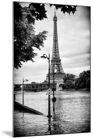 Paris sur Seine Collection - Traffic Light Panel-Philippe Hugonnard-Mounted Photographic Print