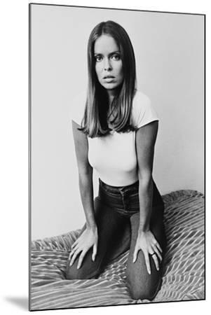 Barbara Bach, the 007, James Bond: Spy Who Loved Me, 1977--Mounted Photographic Print