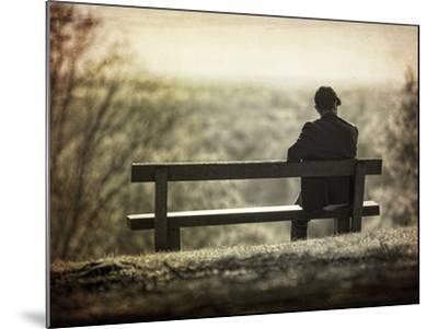 Contemplation-Joe Reynolds-Mounted Photographic Print