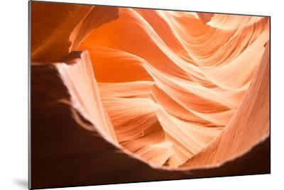 Lower Antelope Canyon in Page, Arizona-Zeng Cheng-Mounted Photographic Print